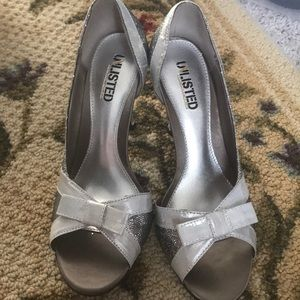 Unlisted sparkle bow heels